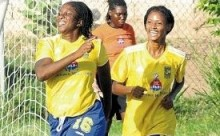 H'View, Arnett continue winning ways in Women's League